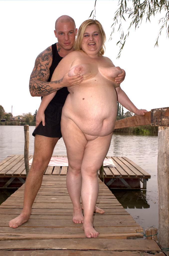 Массовые фото голых толстушек