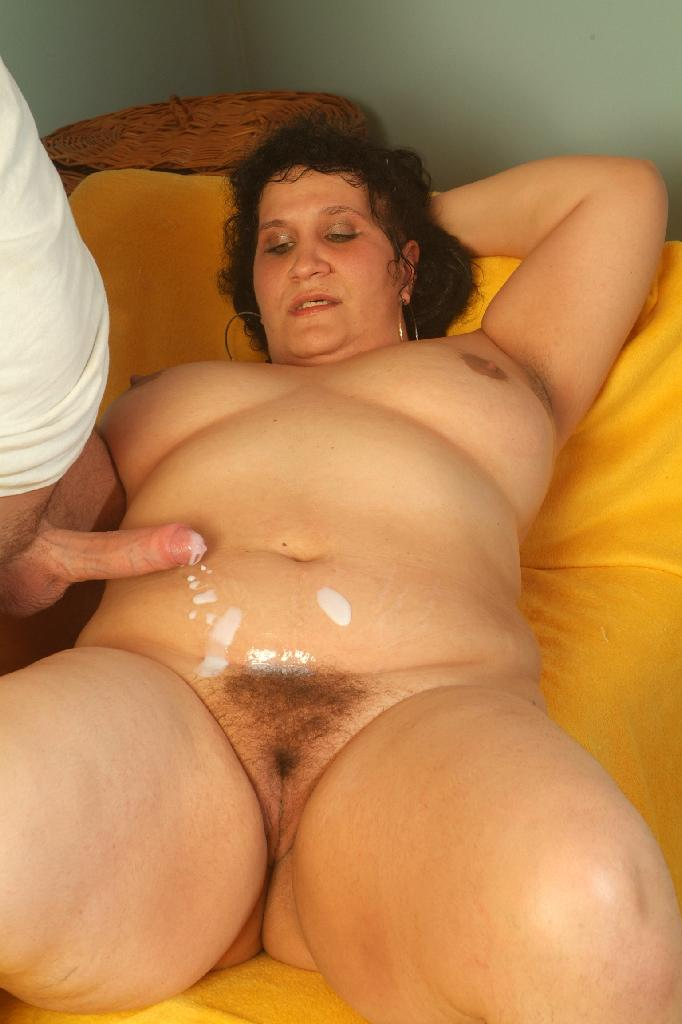 Older milf cheating with black stud